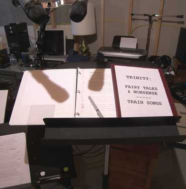 Music_stand_with_song_book